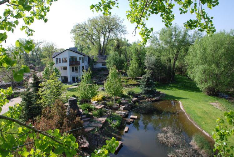 Creekside Manor